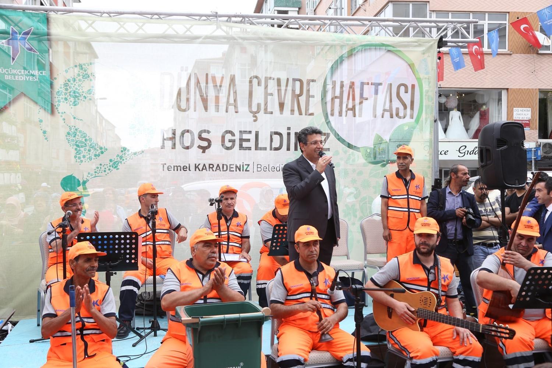 TEMİZLİK İŞLERİ KOROSU'NDAN CADDE KONSERİ